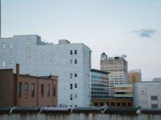 landscape-photography-of-white-and-brown-concrete-buildings-in-jackson-city