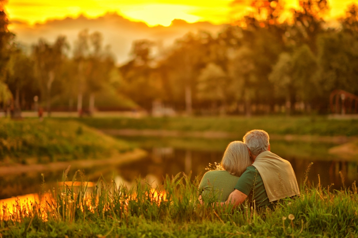 Retiring Before Medicare? Learn The Differences Between ...